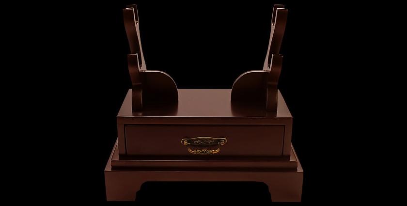 Подставка на 2 катаны настольная горизонтальная с ящиком